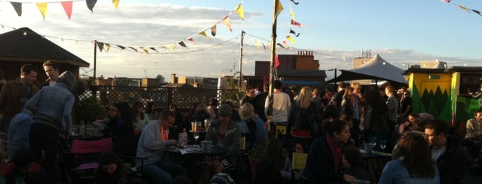Rooftop @ Queen Of Hoxton is one of Favs.