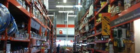 The Home Depot is one of Orte, die Bryan gefallen.