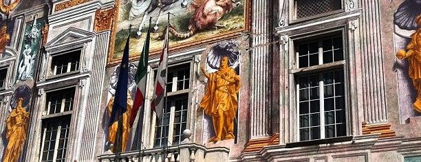 Piazza San Bernardo is one of Kat: сохраненные места.