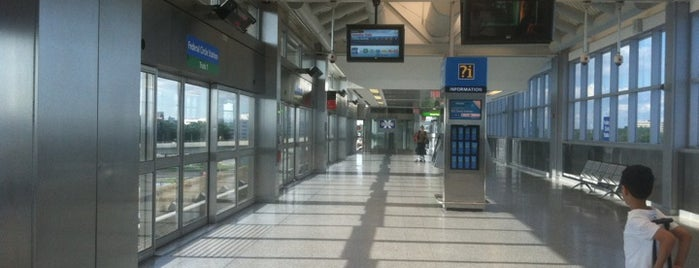 JFK AirTrain - Federal Circle Station is one of Tempat yang Disimpan Mrs.Julia.