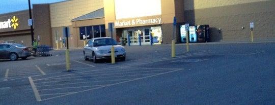 Walmart Supercenter is one of Jon : понравившиеся места.
