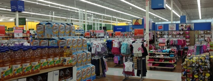 Walmart Supercenter is one of Anthonyさんのお気に入りスポット.
