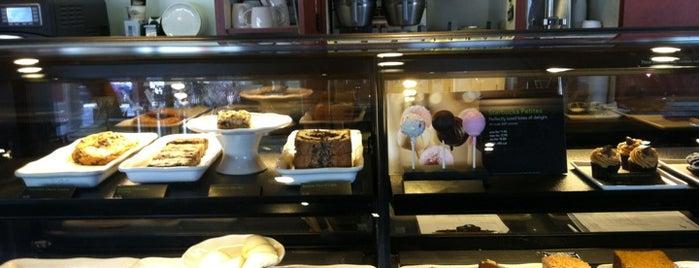 Starbucks is one of Lieux qui ont plu à Jingyuan.