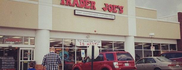 Trader Joe's is one of Gespeicherte Orte von James.