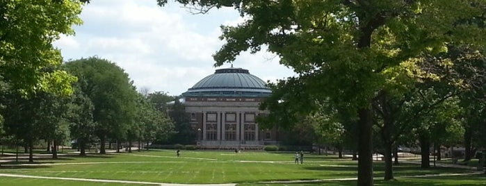 University of Illinois is one of Samantha : понравившиеся места.