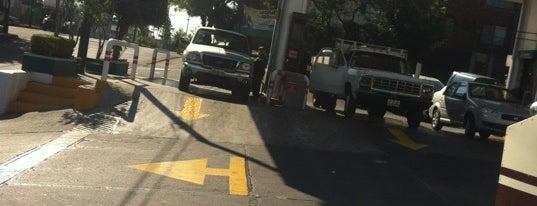 Gasolinera Colinas Del Sur is one of Tempat yang Disukai victor manuel.