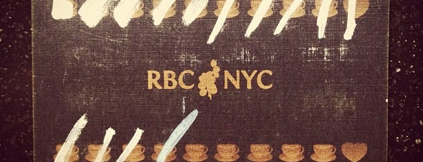 RBC NYC is one of Lindsay 님이 저장한 장소.