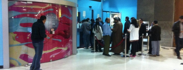 Grand Cinemas is one of Orte, die Hadi gefallen.