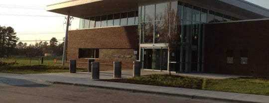 Durham County Library - South Regional is one of Jessica : понравившиеся места.