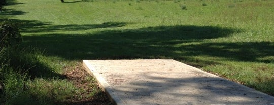 Tyler State Park Disc Golf Course is one of Top Picks for Disc Golf Courses 2.
