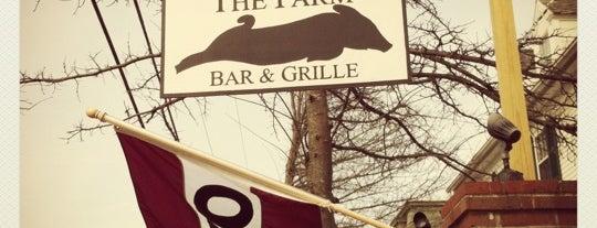 The Farm Bar & Grille is one of Ryan'ın Beğendiği Mekanlar.