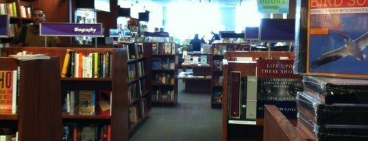 University Book Store is one of Tacoma.
