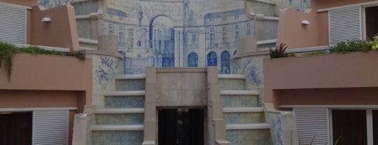 Lapa Palace is one of 101 coisas para fazer em Lisboa antes de morrer.