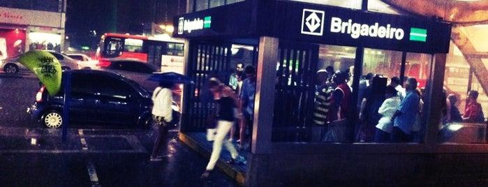 Estação Brigadeiro (Metrô) is one of São Paulo ABC, Bares/Cafés, Restaurantes Shoppings.
