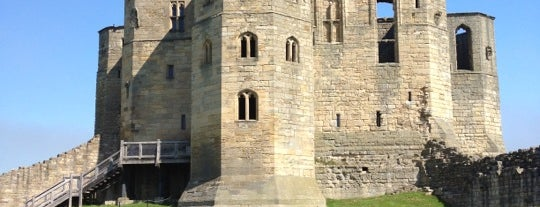 Warkworth Castle and Hermitage is one of Posti che sono piaciuti a Carl.
