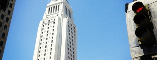 Los Angeles City Hall is one of What should I do today? Oh I can go here!.
