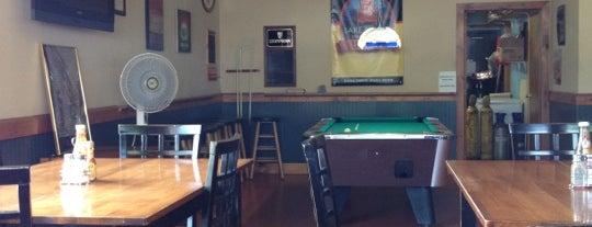 MacGregor's Pub is one of สถานที่ที่ Stephanie ถูกใจ.