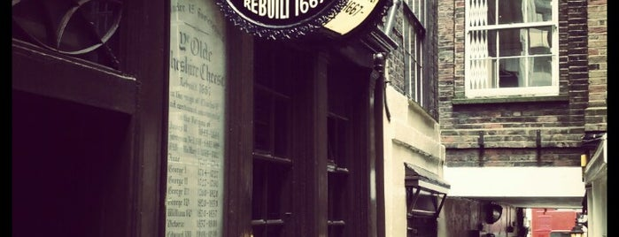 Ye Olde Cheshire Cheese is one of BB18.