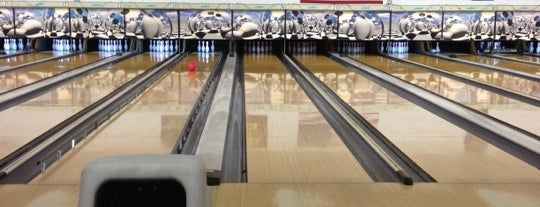 Waveland Bowl is one of Parents in Town!.