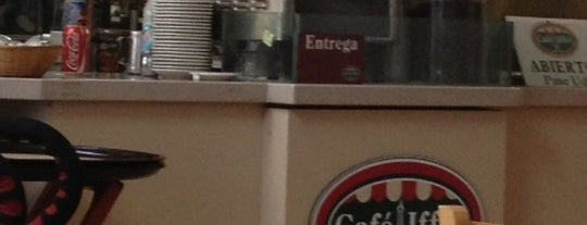Café Iffel is one of Locais curtidos por Oscar.