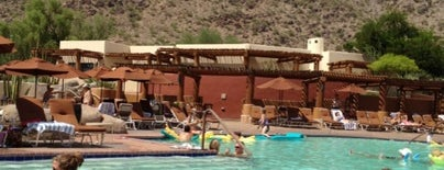 Jackrabbit Pool at JW Marriott Camelback Inn is one of Posti che sono piaciuti a Dominic.