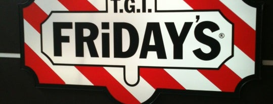 T.G.I. Friday's is one of Lugares favoritos de Yosh.