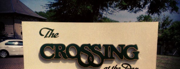 The Crossing at The Dan is one of Mackenzieさんのお気に入りスポット.
