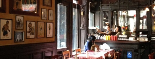 Fanelli Café is one of Oldest Bars in New York City.