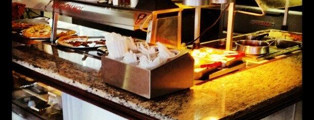 Angelo's Picnic Pizza is one of Posti che sono piaciuti a Aljon.