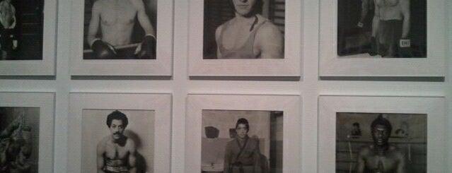 Museu d'Art Contemporani de Barcelona (MACBA) is one of 101 llocs a veure a Barcelona abans de morir.