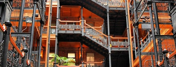 Bradbury Building is one of LA LA LAND🌴🌞.