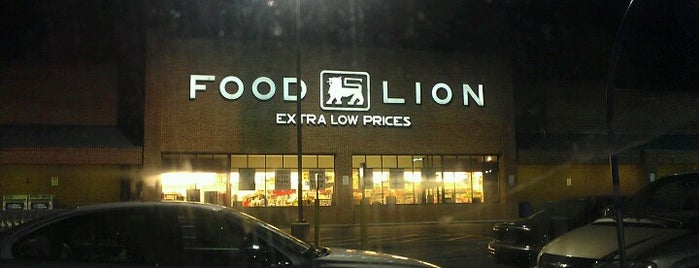 Food Lion Grocery Store is one of Lindaさんのお気に入りスポット.
