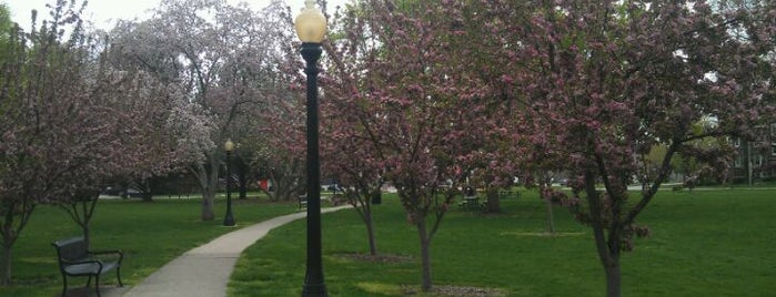 West Side Park is one of Locais curtidos por Julie.