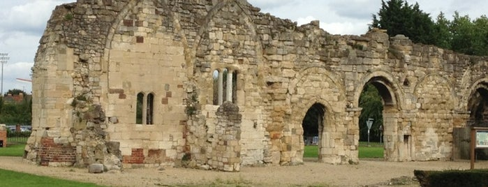 St Oswald's Anglo-Saxon Minster & Medieval Priory is one of สถานที่ที่ Carl ถูกใจ.