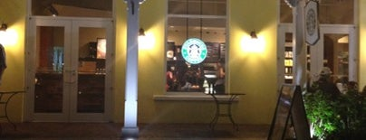 Starbucks is one of Lugares favoritos de Ico.