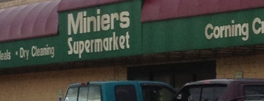 Minier's Supermarket is one of Lugares favoritos de Jen.
