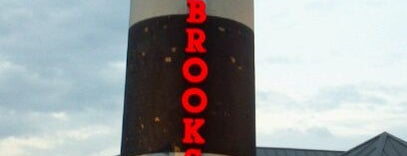 Bo Brooks Crab House is one of MD Bars and Clubs.