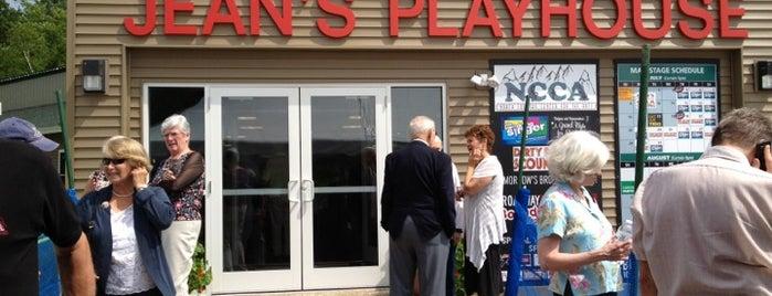 Jean's Playhouse - NCCA Papermill Theatre is one of Stephen 님이 좋아한 장소.