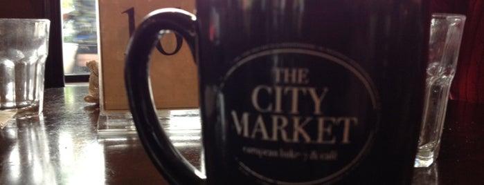 The City Market Café of Wauwatosa is one of Katherine'nin Beğendiği Mekanlar.