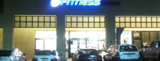 24 Hour Fitness is one of Lugares favoritos de Niki.