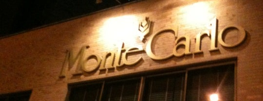 MonteCarlo is one of Bares e Restaurantes.