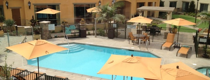 Courtyard by Marriott Santa Barbara Goleta is one of Lugares favoritos de Priscilla.
