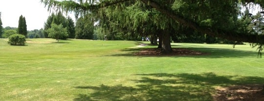 Drumlins Country Club is one of 44 Things at Syracuse University.