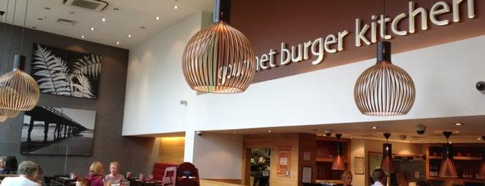 Gourmet Burger Kitchen is one of Orte, die Will gefallen.