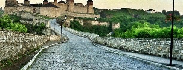 Кам'янець-Подільська фортеця / Kamianets-Podilskyi Castle is one of Posti che sono piaciuti a Dana.