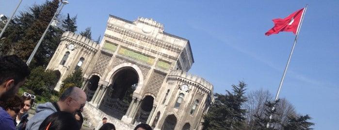 Beyazıt Meydanı is one of Mücevher.