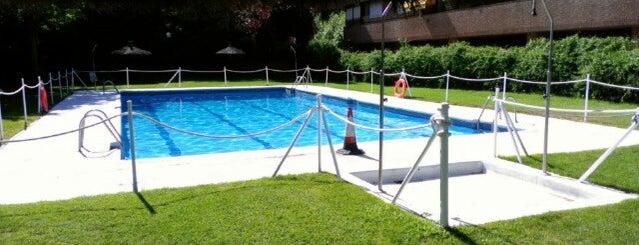 Swimming Pool Mirasierra is one of madrid.