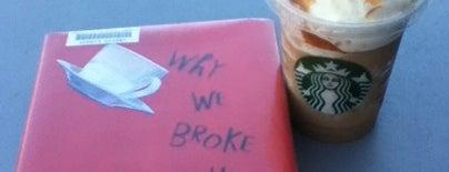 Starbucks is one of Locais salvos de Gayla.