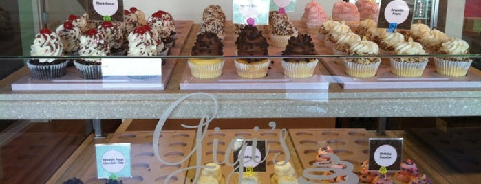 Gigi's Cupcakes is one of Katherine'nin Beğendiği Mekanlar.