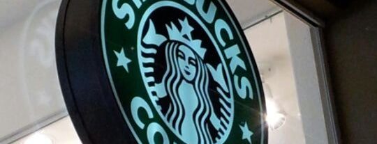 Starbucks is one of Locais curtidos por Ivelise.
